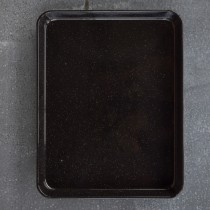FALCON ENAMELWARE RECTANGLE BAKING TRAY BLACK 41 X 32 X 3.5CM